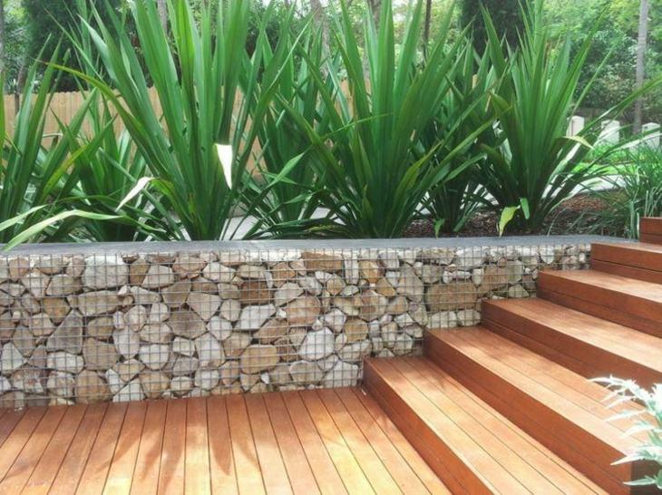 muros gaviones jardin escaleras madera ideas