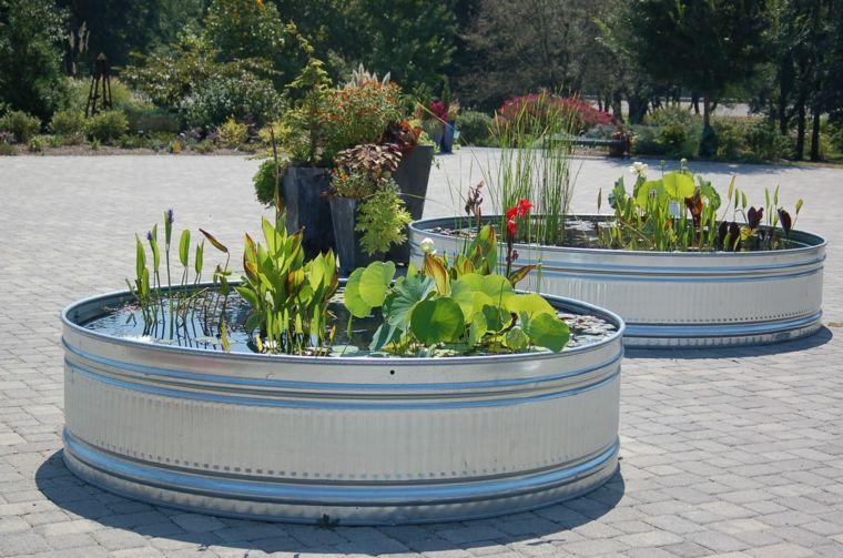 Fuente de agua diy con un bonito jard n acu tico estilo zen for Filtros para estanques de jardin