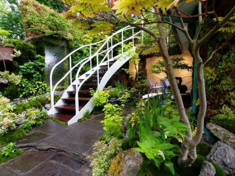 otro lateral escaleras catarata