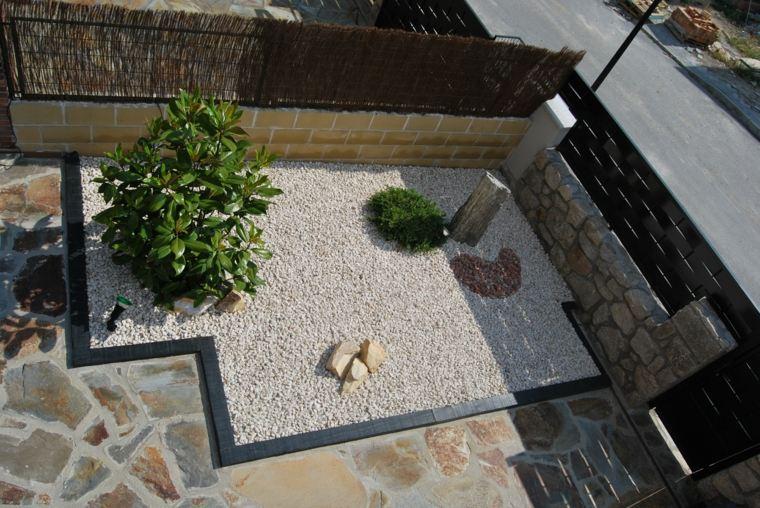 patio rocas grava diseno minimalista