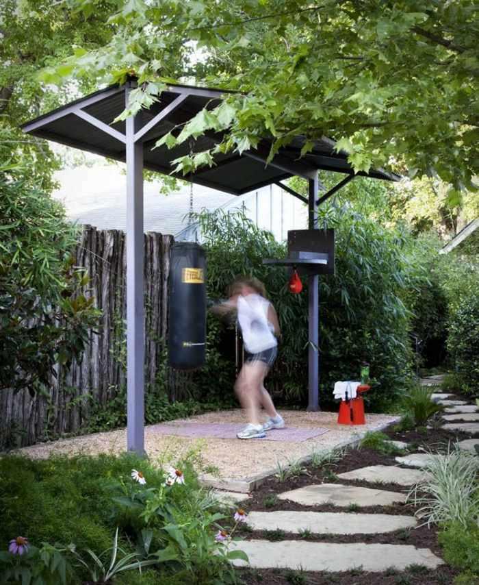 patios diseños grava muebles entrenamiento