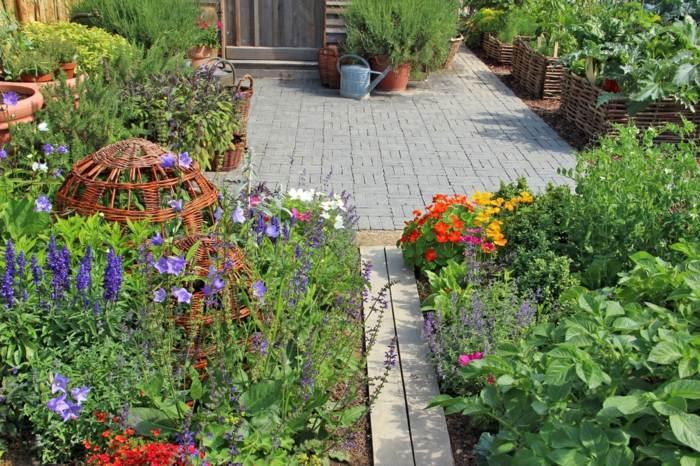 patios ideas hierbas aromaticas especiales efectos