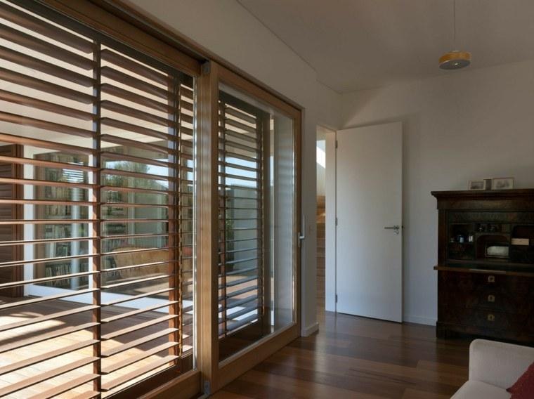 Persianas de madera modernas para todas las habitaciones for Persianas de interior