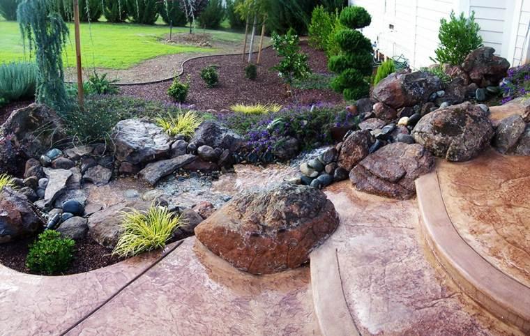 piedras decorativas arroyo escalones