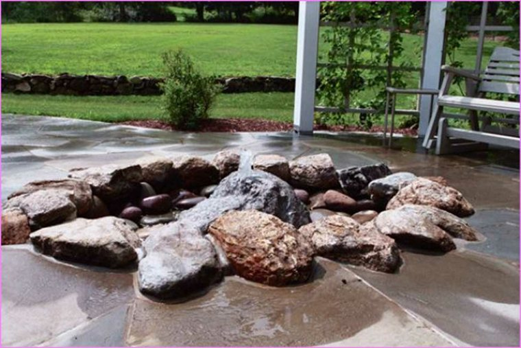 piedras decorativas fuente elegante rocas