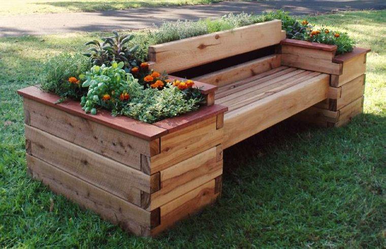 sofás de palets reciclados jardín