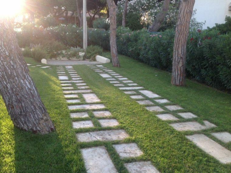 Suelos para jardin baratos cool with suelos para jardin for Jardines baratos