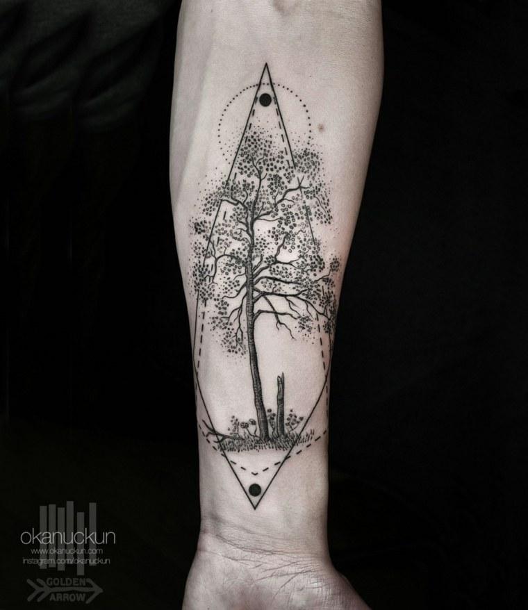 tatuaje estupendo diseño Okan Uçkun