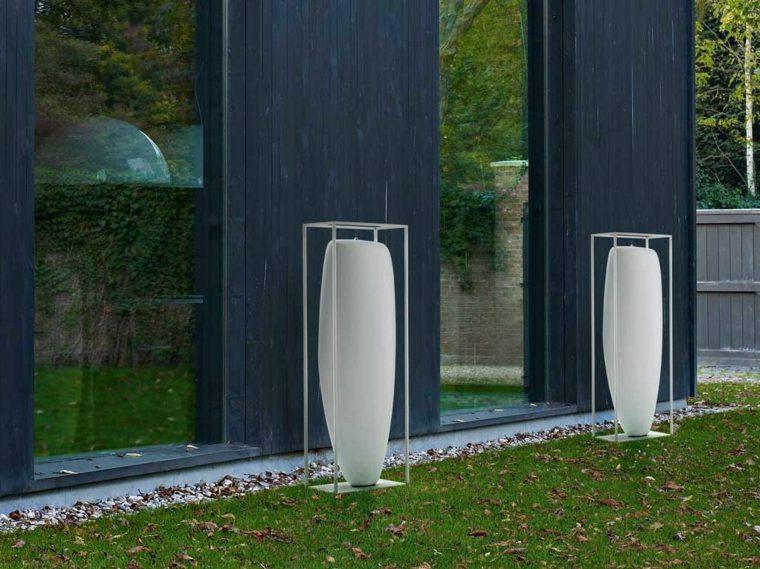 Velas decorativas para el exterior for Vallas decorativas para jardin