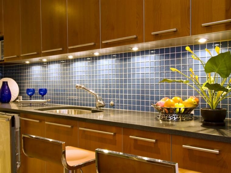 Azulejos cocina de dise os con tonalidades y texturas for Azulejos para cocina 2016