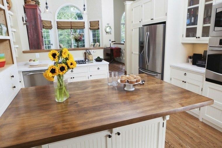 bonita cocina blanco y madera