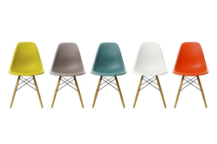 bonito conjunto sillas colores