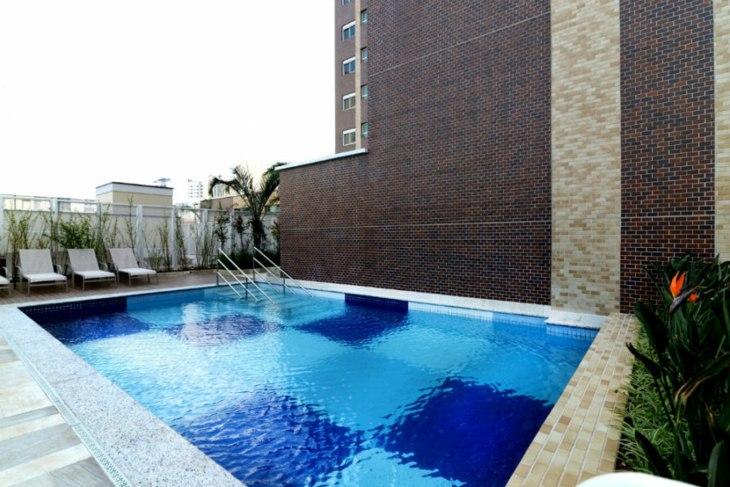 bordes piscinas especiales sales escaleras