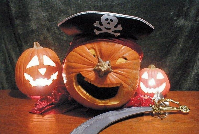 calabaza de halloween pirata
