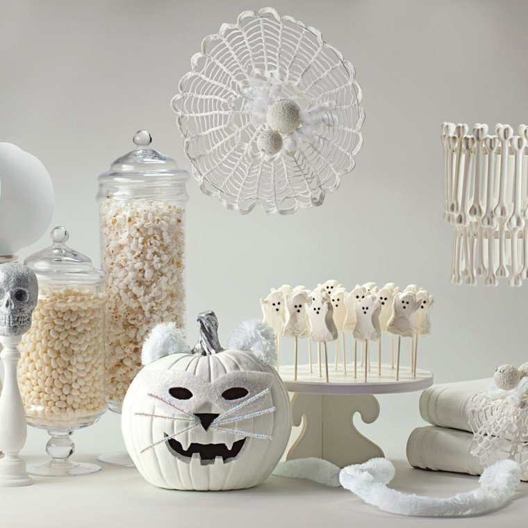 calabazas de halloween color blanco