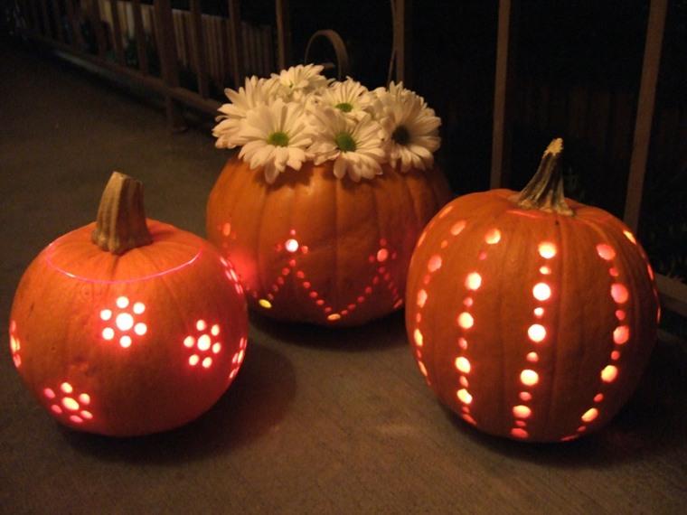 calabazas de halloween agujeros