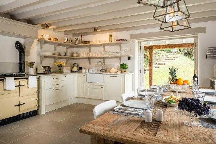 Mesas de madera un acento r stico para el comedor - Cocina comedor diseno ...