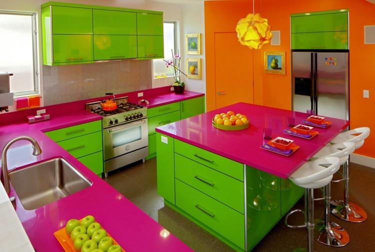 cocinas colores formas llamativas rosa