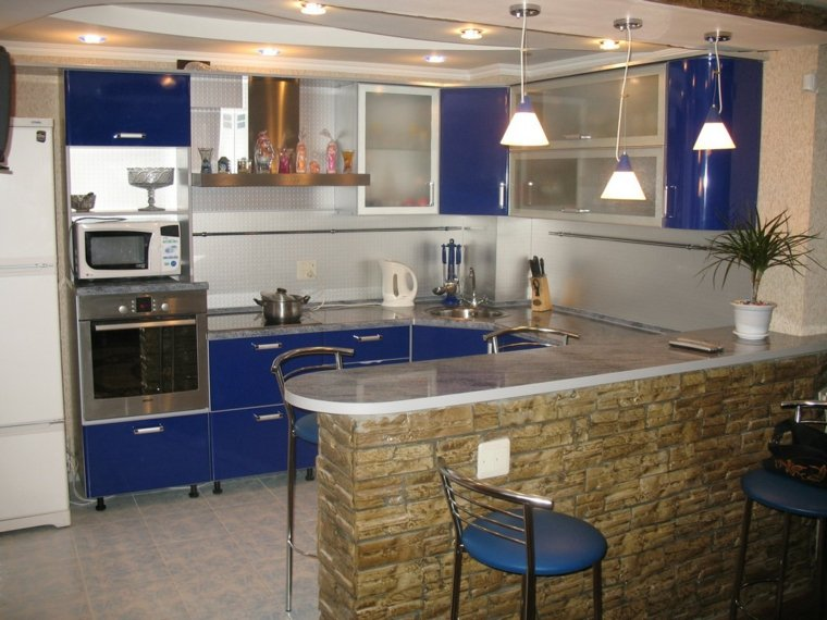 cocinas con barra color azul