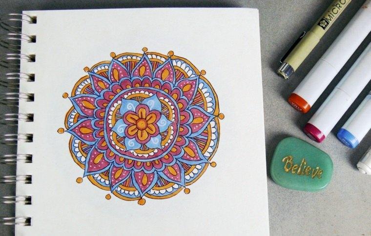 cómo colorear un mandala