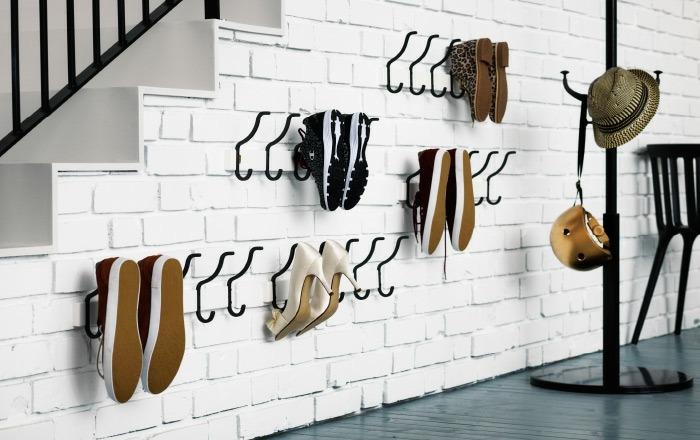 Como hacer un zapatero que ahorre espacio for Zapateros colgados pared