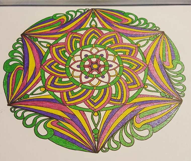cómo pintar mandala colores