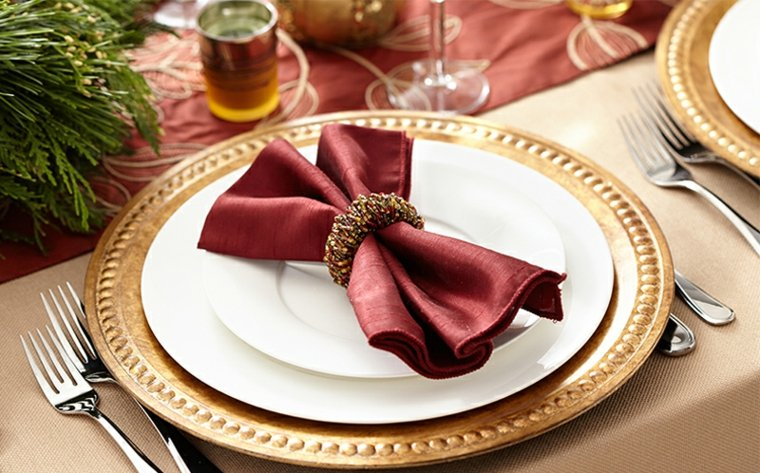 cómo poner la mesa elegante