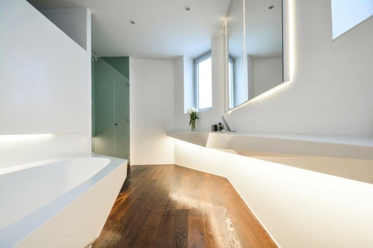 cuarto baño hielo suelo madera