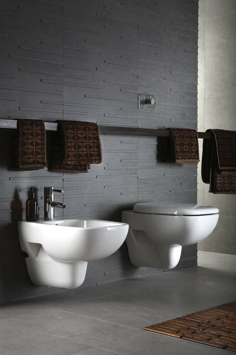 decoración de baños grises
