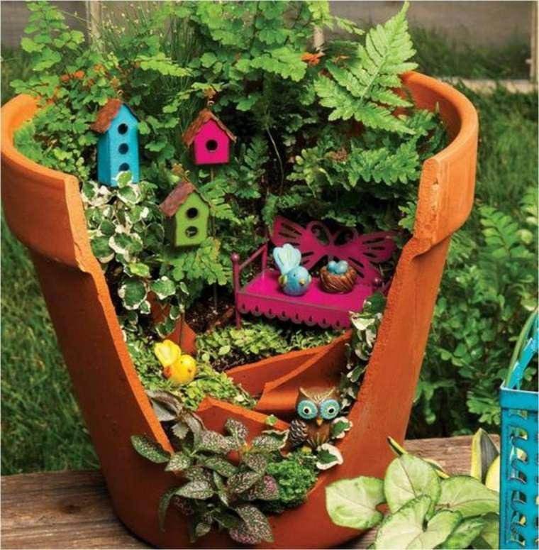 decoración de jardín diminuto