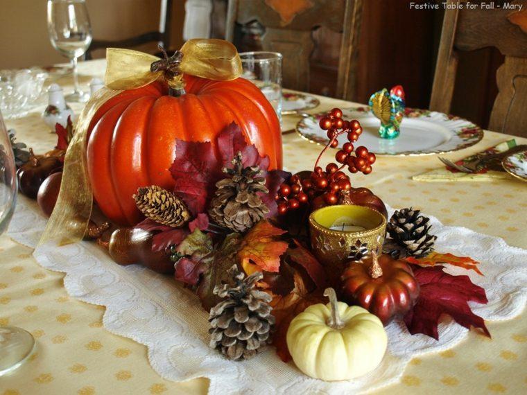 decorar con piñas centro mesa