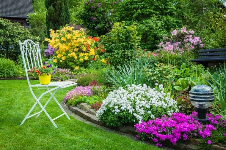 diseño de jardines ideas colores frescos blanco