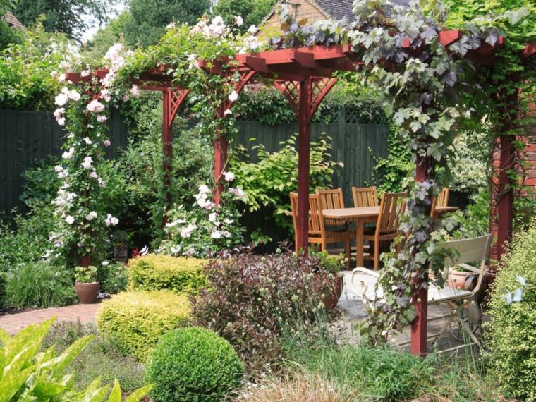 diseño de jardines ideas plantas trepadoras fuentes