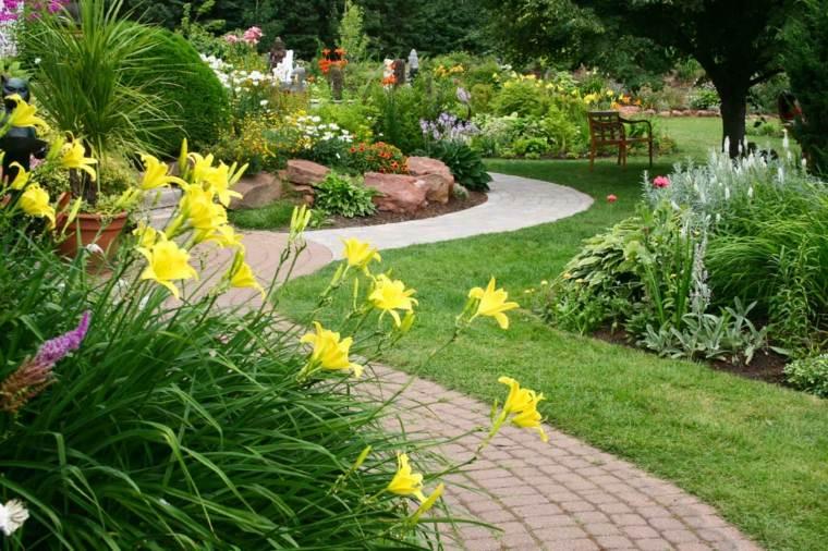 diseño de jardines ideas sendero amarillo