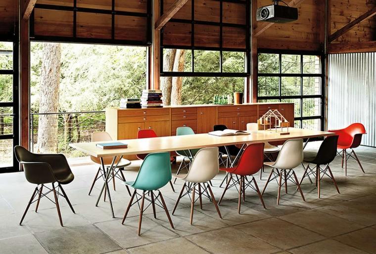 estupendas sillas comedor Eames