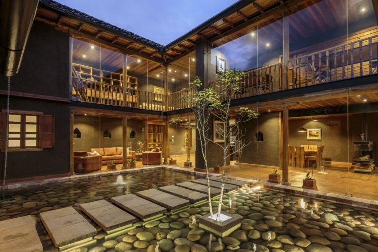 estanque fabuloso jardin contemporaneo casa disenada Ivan Andres Quizhpe