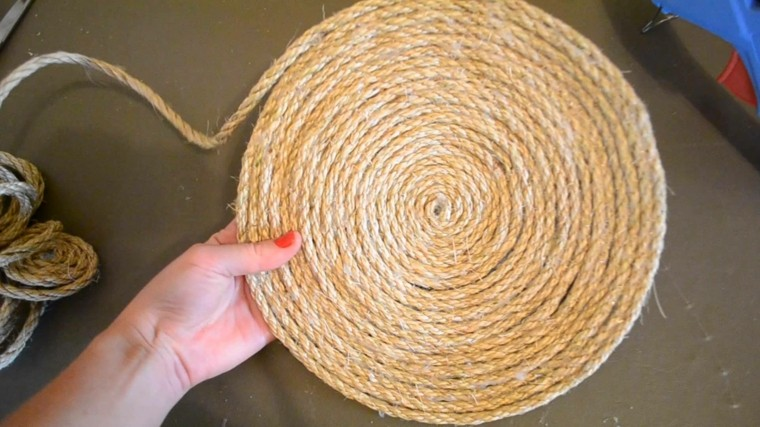 hacer una bandeja cuerda enroscada