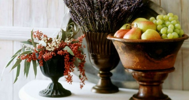 ideas para decorar casa otono mesita blanca original