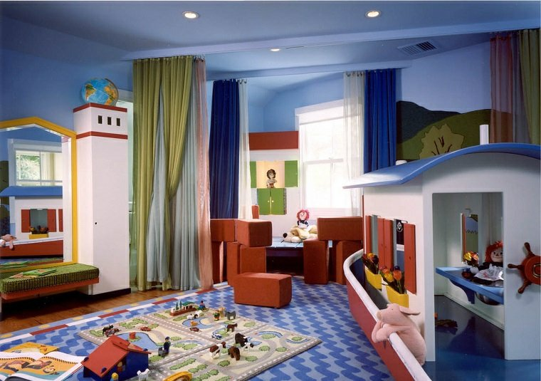 Juegos diarios en la habitacin infantil diseada por ti