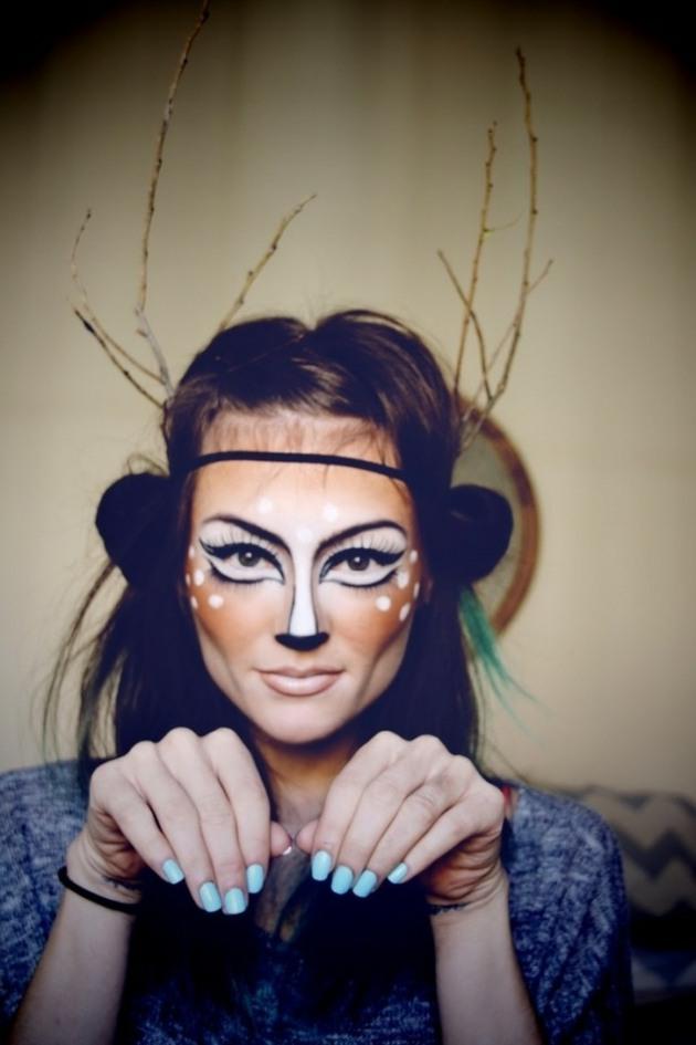 manos especiales maquilladas ciervo ramas