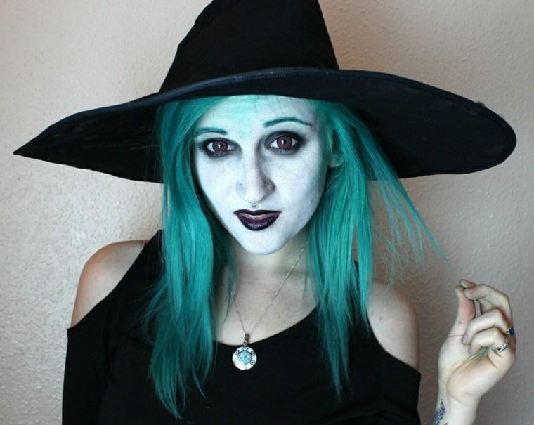 maquillaje de bruja para halloween color azul