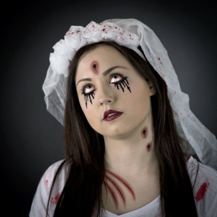 maquillaje para halloween para mujer novia muerta