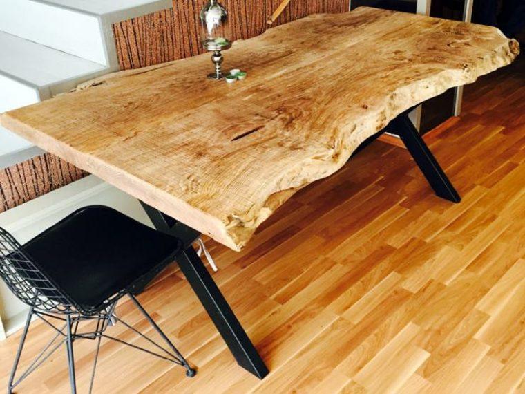Mesas de madera un acento r stico para el comedor for Mesas de comedor rusticas