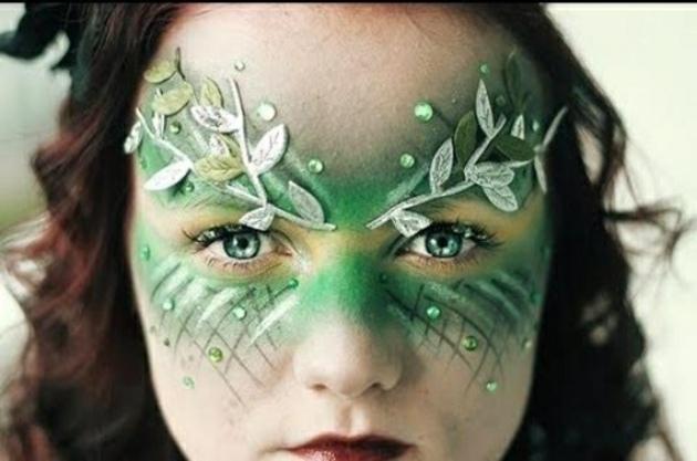 ojos piedras colores lineas verdes