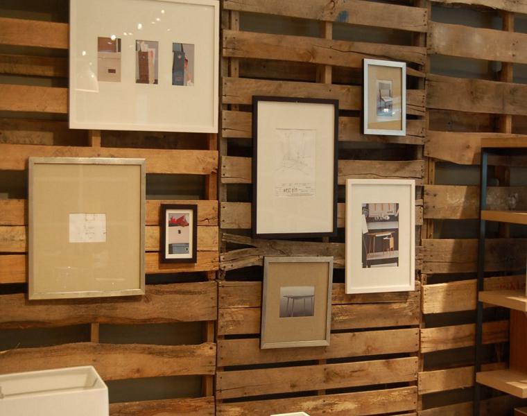 Revestimiento paredes con palets un proyecto que te - Decorar paredes con palets ...