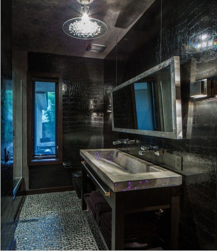 paredes negro color espejos lamparas