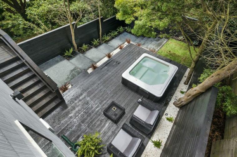 patio diseño madera suelos colores fuentes