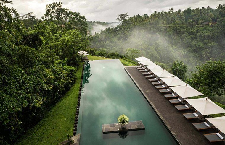 piscinas alargadas naturales