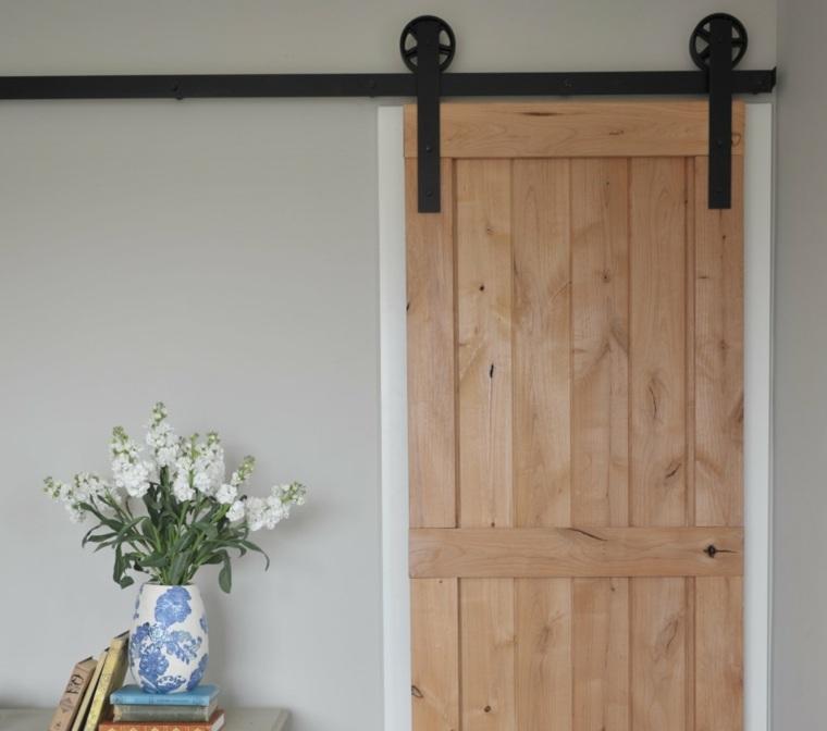 Puerta corredera de madera para el interior for Correderas para puertas de madera