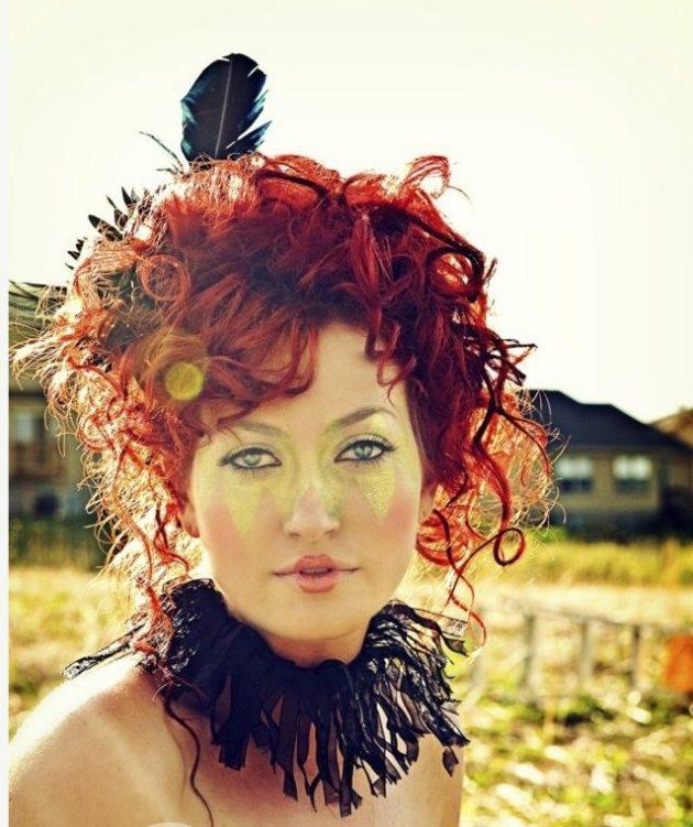 rojo plumas estilos muestras claros